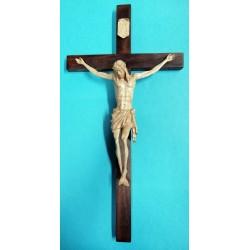 Krzyż - wysokość 48 cm - rzeźbiona drewniana pasyjka